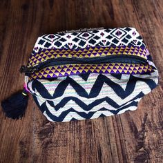 Southern Girl Fashion Bags - MAKEUP BAG Ethnic Embroidered Patchwork Mini Pouch
