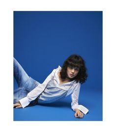 Shirt Attire (Flair) Studio C, Studio Shoot, Fashion Studio, Soft Fabrics, Editorial Fashion, Fashion Photography, Italy, Poses, Denim