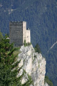 Burg Laudegg is a restored castle ruin near Ladis, a village in Bezirk Landeck in the state of Tyrol, Austria. Laudegg Castle is situated at an height of 1176 m. The castle lies at the foot of the Samnaun Alps & sits on vertical protrusion of slate, high above Mount Oberinntal. The tower house was built in the Early middle ages & is first documented in 1239.