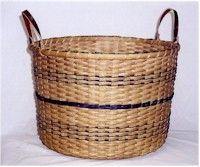 Bushel Style Basket I made this one, think it was a Dianne Gleixner pattern.....