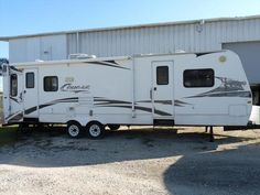 Check out this 2006 Keystone KEYSTONE COUGAR 302RLS listing in Fort Myers, FL 33908 on RVtrader.com. It is a  Travel Trailer and is for sale at $9990.