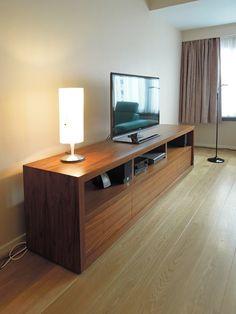 meuble tv sur mesure en placage noyer