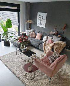 Minimalistic Living Room Colors Ideas To Inspire Your Apartment Decor Interior Design Living Room Warm, Living Room Decor Cozy, Living Room Colors, Home Living Room, Living Room Designs, Mauve Living Room, Blue And Pink Living Room, Cozy Living Room Warm, Small Living Room Design