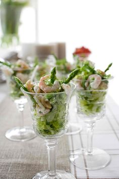 Parsa-katkarapumaljat | Reseptit | Anna.fi Starters, Salad Recipes, Anna, Brunch Ideas, Tableware, Drinks, Food, Party, Drinking