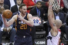 Highly coveted forward Gordon Hayward will open the free-agent process by meeting with the Miami Heat on Saturday, according to multiple…