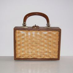 Vintage 50s wicker wooden box purse
