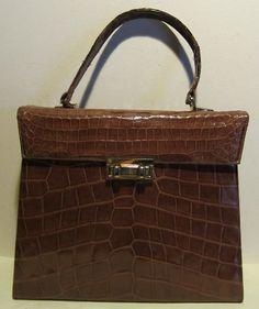 5977d901728e Fabulous vintage crocodile leather bag croc by HeavenlyVintageBags, $245.00  Crocodile Skin, Vintage Bags,