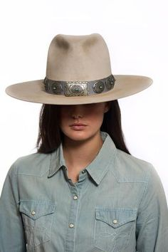 b913db9f09438 24 Best Women s Hats images