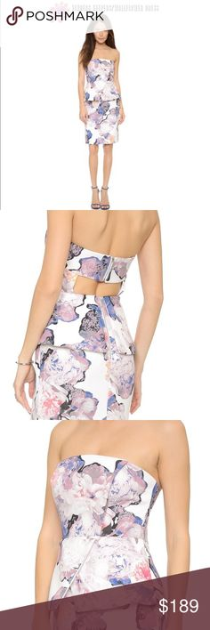 """💞Nwt/FINDERS KEEPERS/Wallflower Dress/Small 💞Nwt/FINDERS KEEPER's/Wallflower Dress/Size Small/Your NO WALLFLOWER in this strapless number from findersKEEPERS! The WALLFLOWER dress gives a modern floral print & curved seams a punch of """"HERE ME ROAR!"""" A peplum panel trims the waist, and a back cutout lends a flirty finish. Flexible boning. Exposed back zip. Lined. Fabric: Faille. Shell: 98% polyester/2% elastane. Lining: 100% polyester. Dry clean. Imported,China. Measurements Length: 27.5in…"""