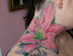 Big flower tattoo design on neck. Find and save ideas about Big flower tattoo design on neck on Tattoos Book. More than FREE TATTOOS Tiger Lilly Tattoo, Lilly Flower Tattoo, Flower Neck Tattoo, Hawaiian Flower Tattoos, Lillies Tattoo, Baby Tattoos, Head Tattoos, Family Tattoos, Feather Tattoos