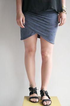60c327297ee aimecommemarie  Mojitoooooooo ! Wrap around style mini skirt. In French but  with step by
