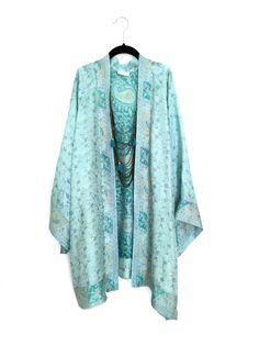 Silk Kimono jacket belted oversized style in sea green par Bibiluxe