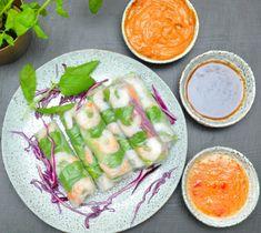 Vietnamesiska vårrullar dippsåser jordnötssmör Asian Recipes, Ethnic Recipes, Sushi Rolls, Fresh Rolls, Keto, Cheesecake, Food, Pasta, Cilantro