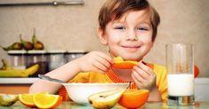 Nutrición e Infancia -  Infancia La correcta alimentación en la infancia es uno de los pilares básicos de una buena salud a lo largo de la vida, previniendo muchas enfermedades (obesidad, enfermedad cardiovascular, osteoporosis, etc.) Hay que comer de todo, consumir una dieta variada que aporte la energía y los nu...