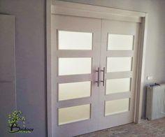 Puertas lacadas correderas en viviends