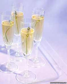 How to make Lavender Champagne | #springintotheolivepress