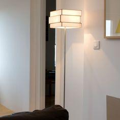 Arturo Álvarez Lámpara de pie Encaixe EN03 La lámpara de pie Encaixe EN03, diseño de Arturo Álvarez. Fabricada en vidrio en color personalizable. Para que...