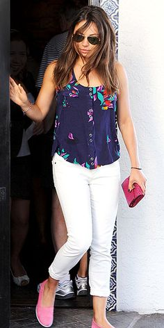 Want to pack in as many white jeans wears as you can pre-Labor Day? We love how Mila Kunis styled hers here. http://www.peoplestylewatch.com/people/stylewatch/gallery/0,,20614935,00.html#