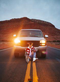 Truck Senior Pictures, Football Senior Photos, Outdoor Senior Pictures, Unique Senior Pictures, Country Senior Pictures, Senior Pics, Boy Senior Portraits, Senior Photography Poses, Senior Boy Poses