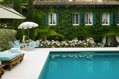 "Some great color inspiration here! ::swoon:: AT : ""7 ... Outdoor Spaces"" #decor #feedly"