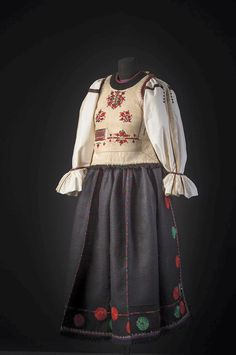 Ethnic, Folk, Victorian, Traditional, Costumes, Clothing, Dresses, Fashion, Journals