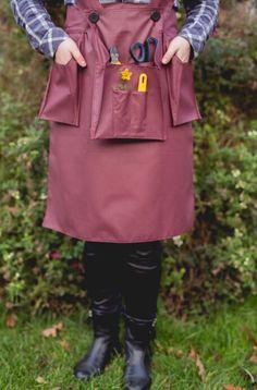 Q-pron! The smart and fashion apron for florists! Shop now on www.floristiqart.com/en/shop !