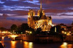 Cathedral of Notre- Dame was built on the island on the Seine Île de la Cité.