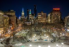 Union Square at night after the snow by Jack Daryl @jackdaryl Cityscape Silhouette, Top Pic, Chrysler Building, Union Square, Concrete Jungle, Old City, Small World, Central Park, Brooklyn Bridge