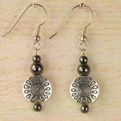 BOUCLES D'OREILLES - Bijou original en métal et pierre fine - A voir chez abl-perles !