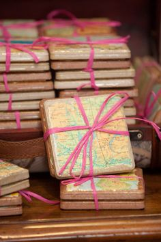 Handmade map coasters on tile made with Mod Podge. Works with farmhouse or rusti… Handmade map coasters on tile made with Mod Podge. Works with farmhouse or rustic decor! Great for gifts. Pin: 400 x 600 Wedding Favors For Guests, Unique Wedding Favors, Unique Weddings, Decor Wedding, Wedding Reception, Wedding Gifts, Wedding Bands, Wedding Ideas, Wedding Rehearsal