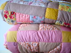 RosMadeMe: No Sew Quilted Ball - Christmas Tutorial No 3.