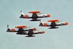 Royal Dutch, Shooting Stars, Old And New, World War, Airplane, Air Force, Fighter Jets, Aviation, Aircraft