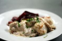 Scallops with Mushrooms in White-Wine Sauce