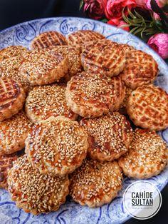 17 Ideas Desserts Finger Snacks For 2019 Cookie Recipes, Dessert Recipes, Oil Cake, Homemade Donuts, Donut Glaze, Dessert Bread, Turkish Recipes, Food Cakes, Food To Make