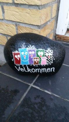 mal på sten - Google-søgning Posca, Painted Rocks, Planter, Rock Painting, My Love, Stones, Diy, Craft, Google
