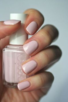 10 Fall Nail Colors for 2017 - Pantone Trends Fall 2017, simple, chic, beautiful, trendy, autumn