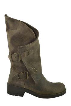 edad937e4db8c Para los looks más casual no dudes con las nuevas botas de COOLWAY Zapatos  De Marca
