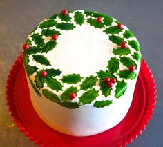 Stamped holly cake by Craftsy instructor Erin Gardner