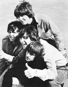 Paul McCartney, George Harrison, John Lennon, Ringo Starr - The Beatles