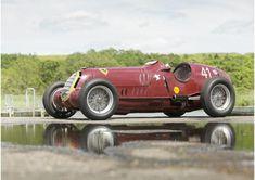 È stata venduta all'asta per poco più di 7 milioni di euro l'Alfa Romeo 8C-35 da Gran Premio guidata da Tazio Nuvolari.