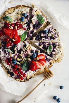 Breakfast Berry Pizz