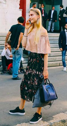 Street Style_ off the shoulder top paired printed culottes & sneakers || Saved by Gabby Fincham ||