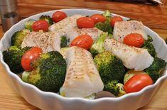 Ovnsbakt torsk a la Hellstrøm – food is my religion! Cod Recipes, Fish Recipes, Dinner Recipes, Cooking Recipes, Healthy Recipes, Healthy Food, Norwegian Food, Norwegian Recipes, Fish Dinner