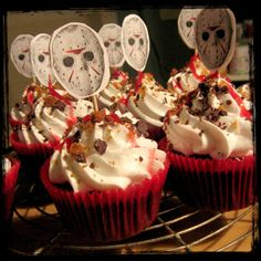 Friday 13th Slasher (S´mores) Cupakes