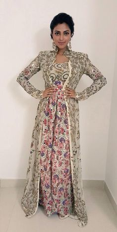 Anamika Khanna collection. Pink and grey floral designer anarkali. #DesignerAnarkali #Anarkali #FloralAnarkali