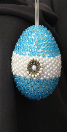 Easter egg - one pin, one bead, one sequin at a time