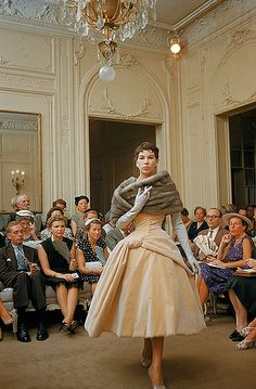 Dior's Salon, 1954