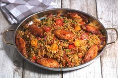 Rijstschotel met paprika, chorizo en courgette - De keuken van Ursie Organic Recipes, Indian Food Recipes, Healthy Recipes, Zucchini, Tapas, Chorizo, How To Cook Rice, Mediterranean Recipes, Tasty Dishes