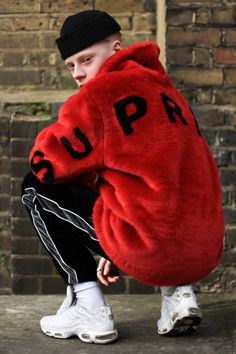 Supreme Collections Looks Streetwear Moda Streetwear, Streetwear Fashion, Streetwear Clothing, Urban Fashion, Mens Fashion, Fashion Tips, Fashion Trends, Fashion Articles, Fashion Edgy