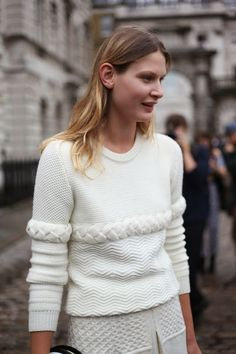 good that knit. #ViktoriaSekrier in Paris.